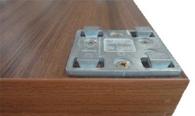 Eiken tafels zelf maken met zeker en vast poten kliksysteem